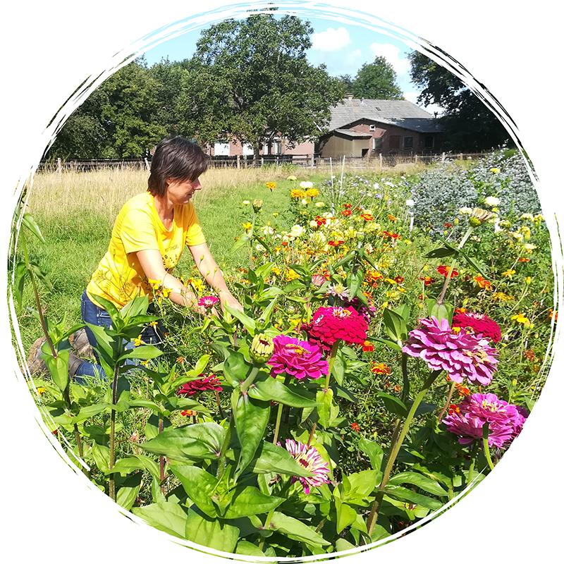 Rhea-in-de-tuin-3-rond